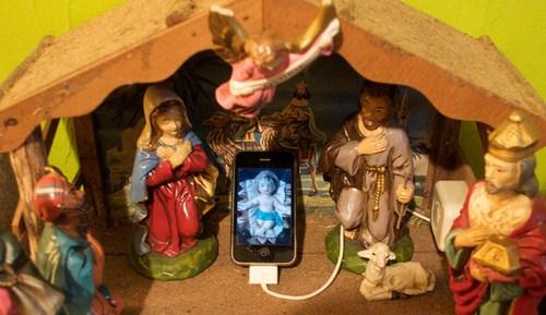 500x_baby-jesus-phone